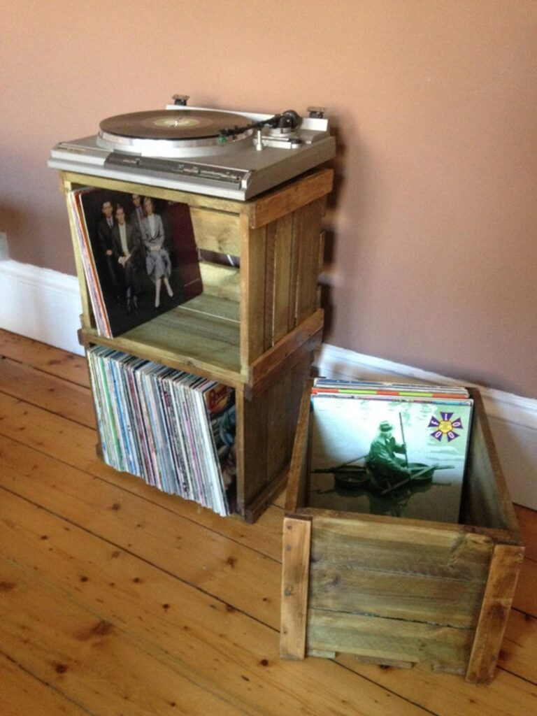 Vinyl record stackable crate