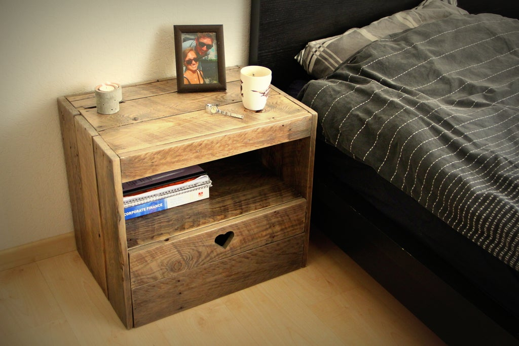 Nightstand made from pallet wood